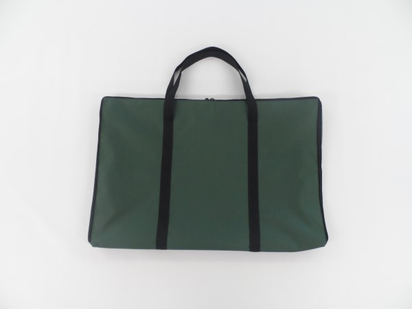 Made to measure zipped bag
